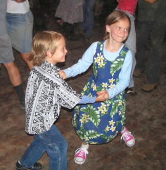 Dancing Childrn